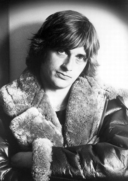 Mike Oldfield / QE2 and Platinum reissues