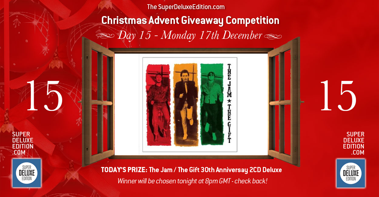 Christmas Advent Giveaway / Day 15: The Prize